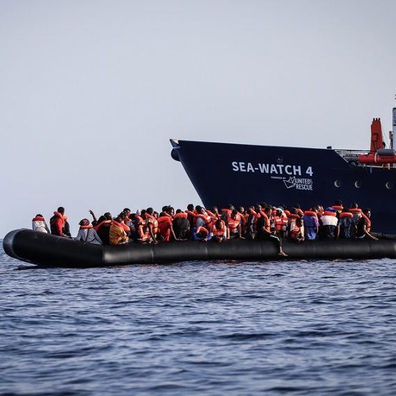 Medidas contra imigrantes já bloquearam 5 navios humanitários