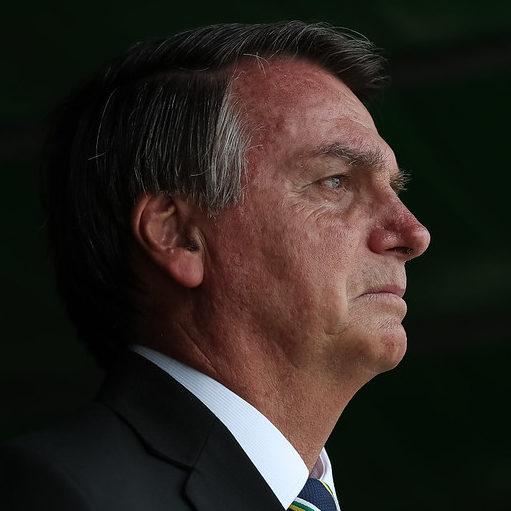 Bolsonaro diz que CoronaVac não será comprada