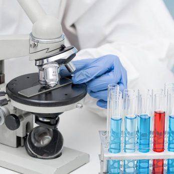 Estudo avalia eficácia de combinação de vacinas contra a Covid-19