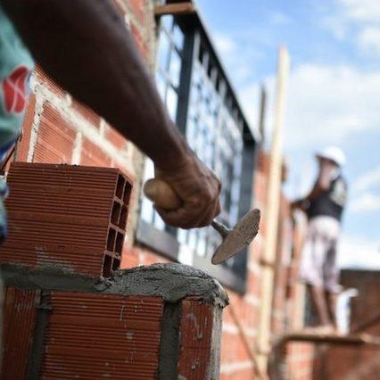 Indústria da construção registra alta em serviços especializados