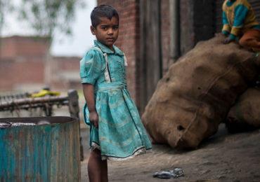 Uma em cada seis crianças vive em pobreza extrema