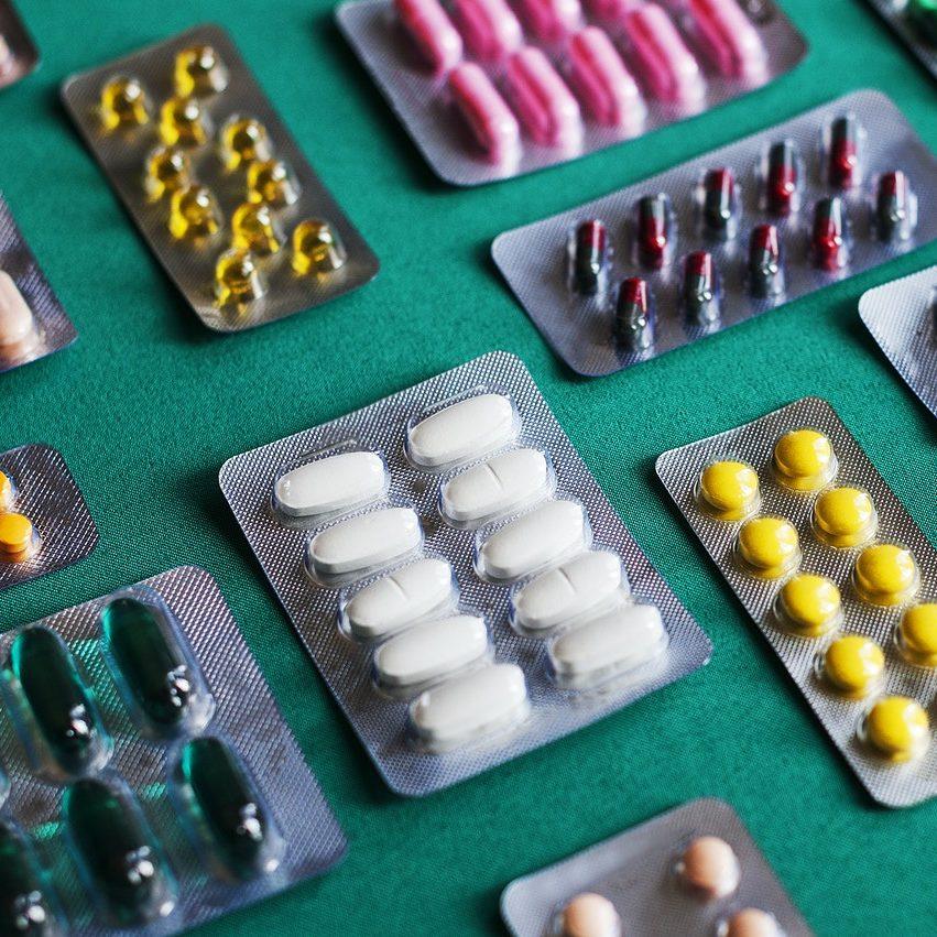 Municípios adotam farmácias móveis para facilitar atendimento