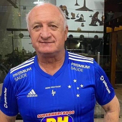Felipão muda de ideia e aceita comandar o Cruzeiro até 2022