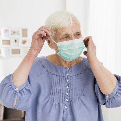 Covid-19: mortes de idosos acima de 80 anos caem após vacinação