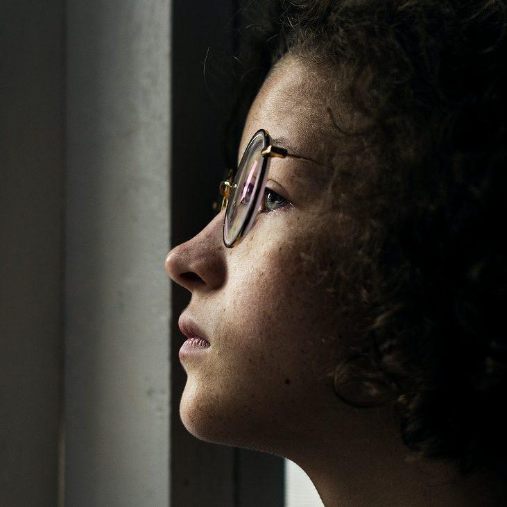 RJ terá campanha de combate à depressão infantojuvenil