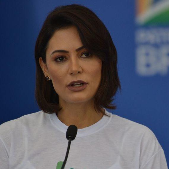 Aziz descarta convocar primeira-dama após mensagens de Domingheti