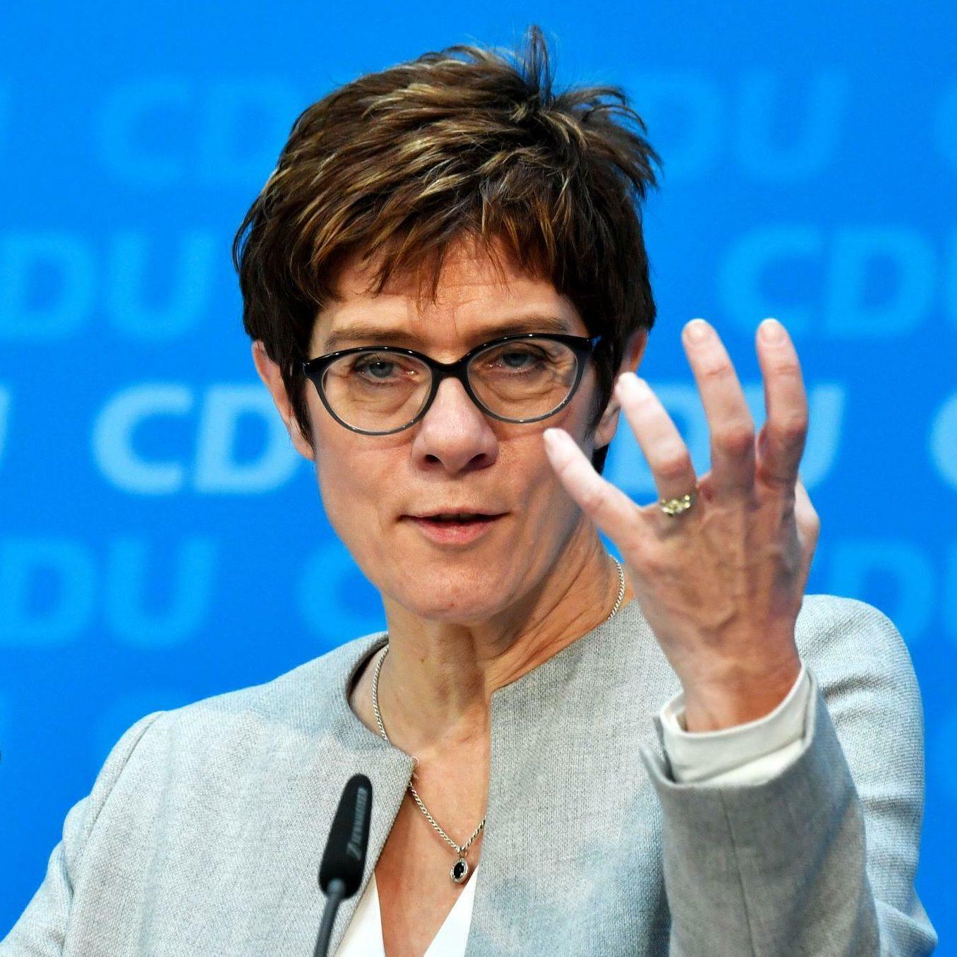 """Alemanha reage ao pleito nos EUA e diz que situação é """"explosiva"""""""
