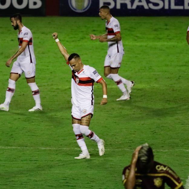 Brasileirão: Atlético-GO supera Sport e põe Vasco na zona de rebaixamento