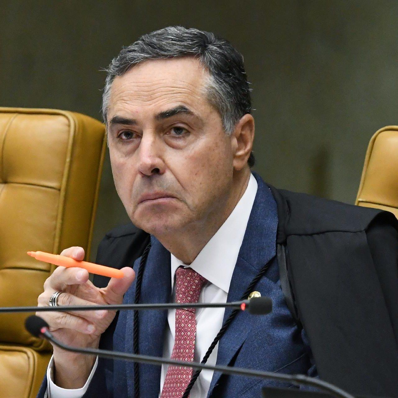 """Barroso vai à Câmara e diz que voto impresso será um """"retrocesso"""""""