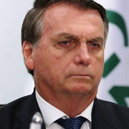 Bolsonaro diz que Brasil é referência no combate à Covid-19