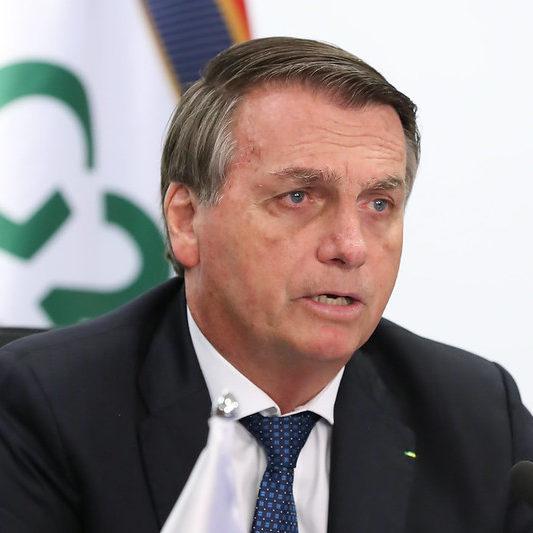 Bolsonaro diz que tensão racial não faz parte do País