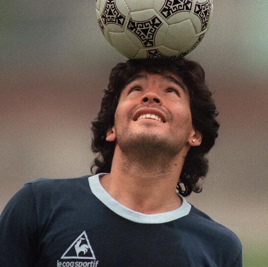 Crônica: Da bola para Maradona