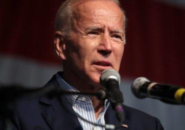 Biden vai assinar lista de decretos simbólicos logo após a posse