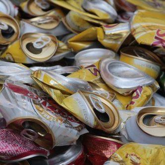 Brasil lidera ranking de reciclagem de latinhas no mundo