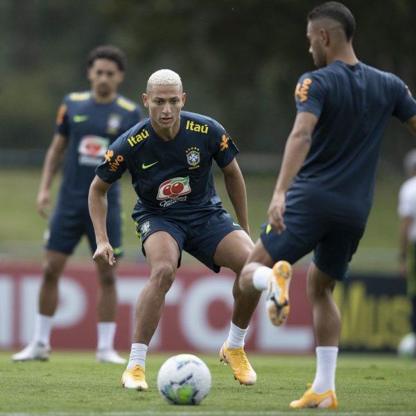 Seleção Brasileira: grupo de convocados está quase todo na Granja Comary