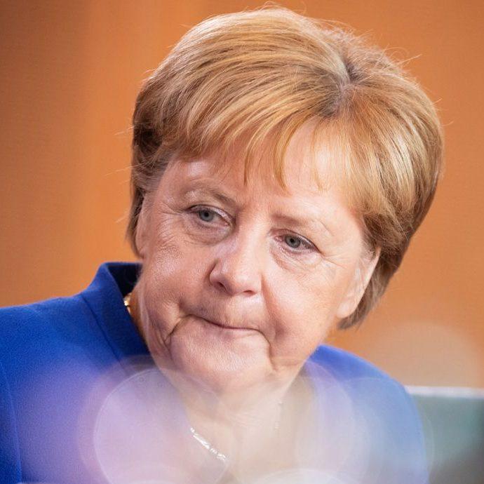 Pandemia contribui para declínio da estrela de Angela Merkel