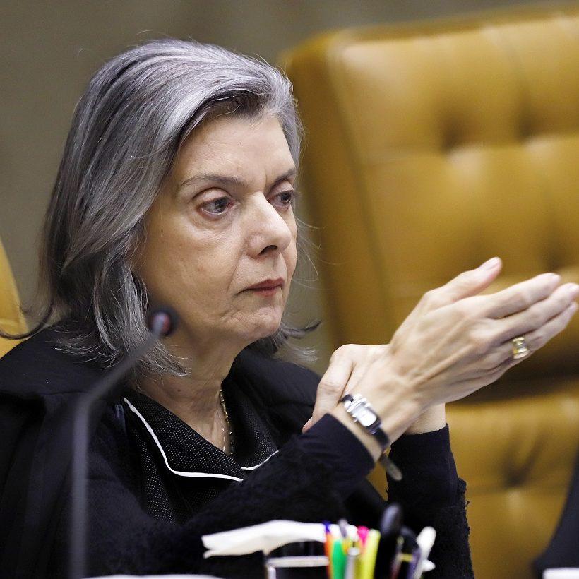 Cármen Lúcia autoriza abertura de inquérito contra Ricardo Salles