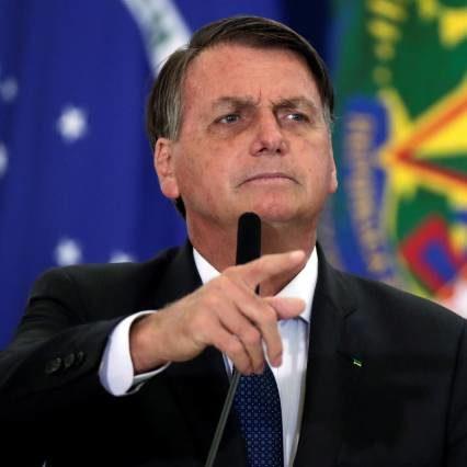 """Bolsonaro fala contra lockdown: """"Daqui para frente vou agir"""""""