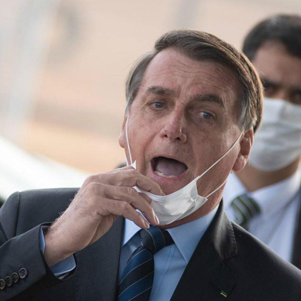 Governo brasileiro recusou onze ofertas de vacinas