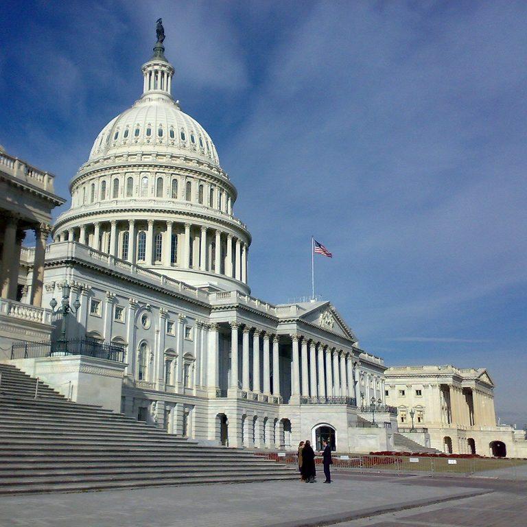 Congresso dos EUA oficializa resultado das eleições presidenciais