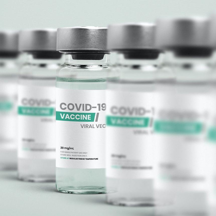 Produção de vacinas contra Covid está suspensa no Brasil