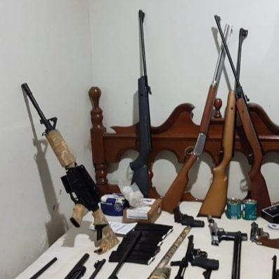 Militares do Exército são presos por fraude em registros de armas