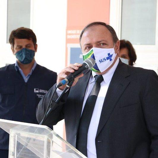 Pazuello anuncia que vacinação com CoronaVac já começa hoje