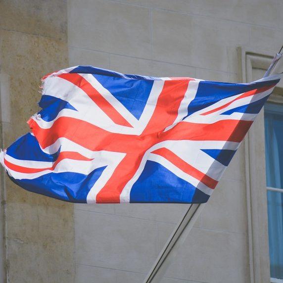 Reino Unido proíbe a entrada de viajantes do Brasil