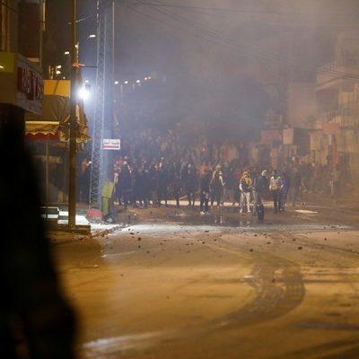 Protestos violentos levam mais de 600 à prisão na Tunísia