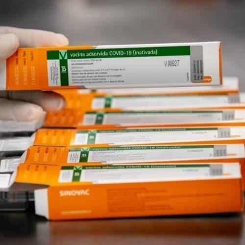 Quem recebeu CoronaVac pode não ter acesso a passaporte da vacina na Europa