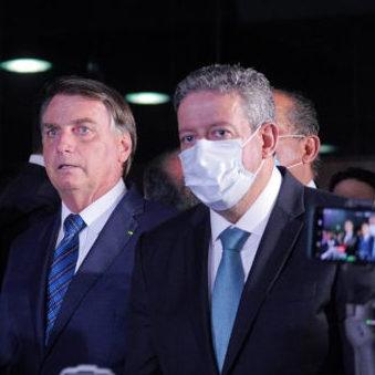 Bolsonaro entrega MP da privatização da Eletrobras ao Congresso