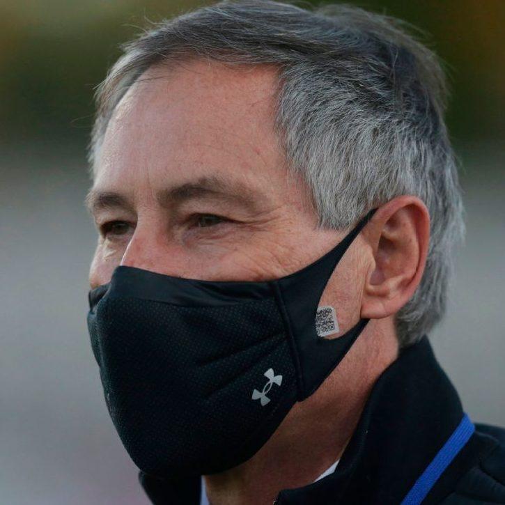 Santos confirma Ariel Holan como novo treinador do clube