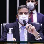 Lira nega se beneficiar com mudanças na lei de improbidade