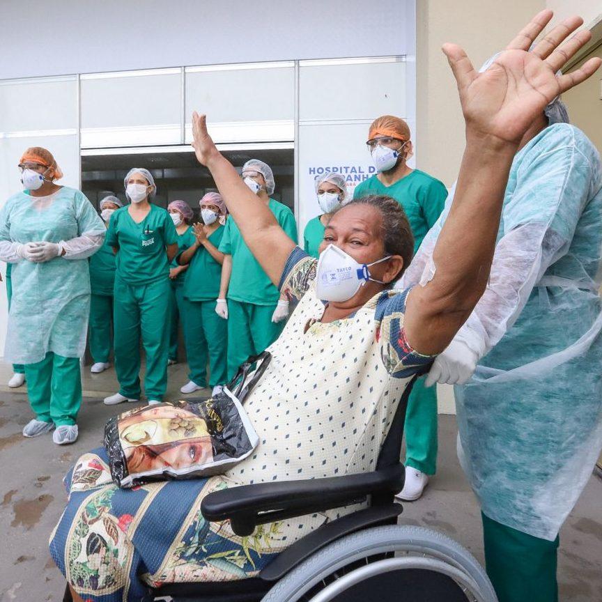 Brasil tem 15,8 milhões de pessoas recuperadas da Covid-19