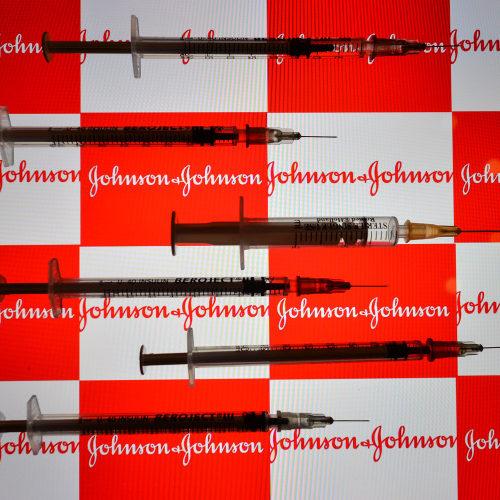 Johnson & Johnson pede aprovação da primeira vacina de dose única