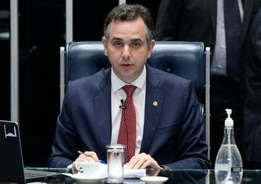 Senado aprova texto-base da PEC que retoma o auxílio emergencial