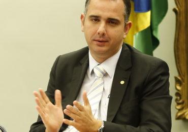 Polêmica adia votação da PEC que garante volta do auxílio