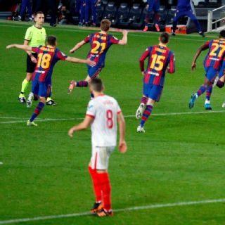 Barcelona vence na prorrogação e está na final da Copa do Rei