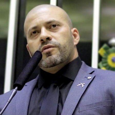 Conselho admite sete novas representações contra Silveira
