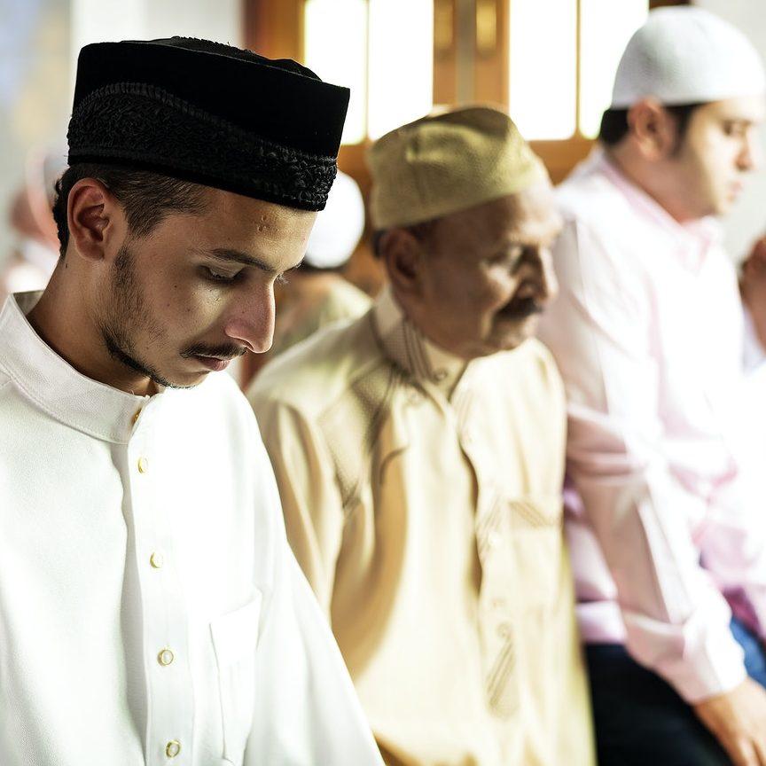 Arábia Saudita diz que a vacinação COVID-19 é obrigatória para o Hajj 2021