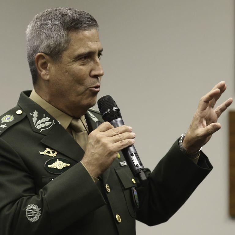 Golpe Militar: Braga Netto defende os 57 anos da repressão