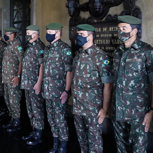 Número dois da Câmara e CPI reagem a nova crítica de militares