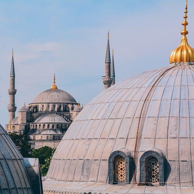 Turquia lança plano de Direitos Humanos de olho na União Europeia
