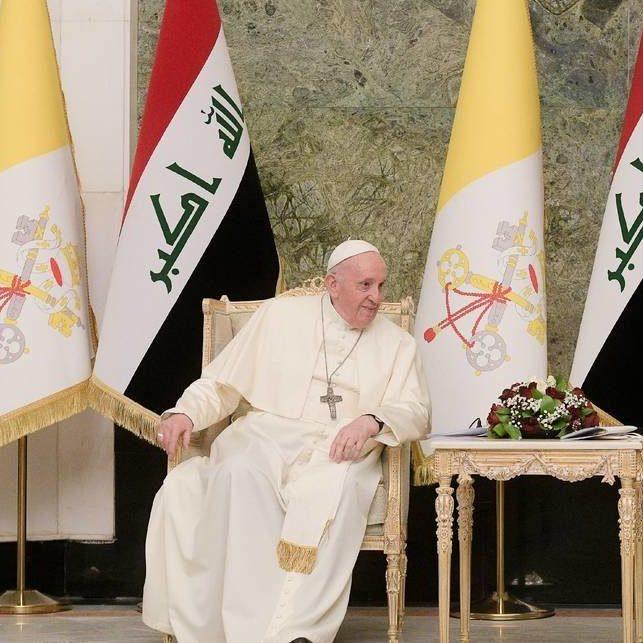 """Papa Francisco condena """"barbárie"""" contra minoria cristã em Bagdá"""