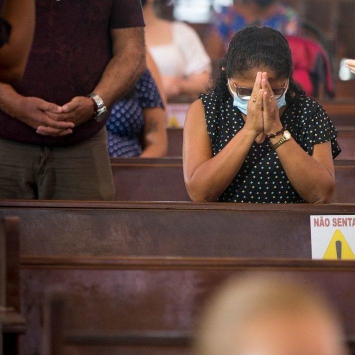 Prefeitos acionam STF contra liminar que libera missas e cultos