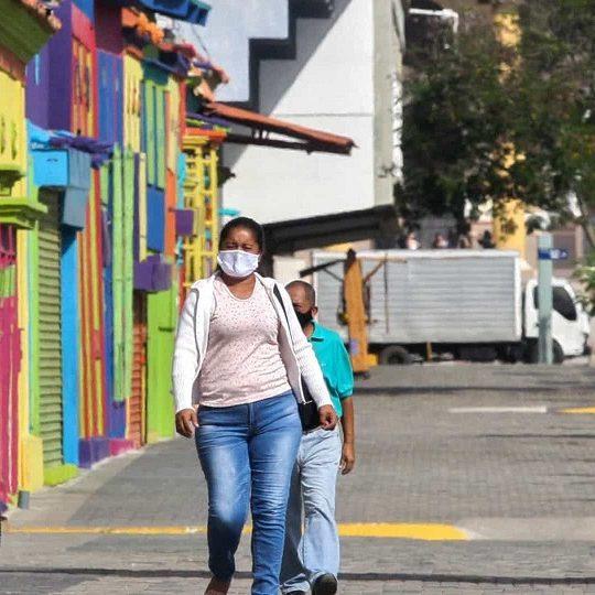 Venezuela tem informalidade até na saúde em meio a quarentena