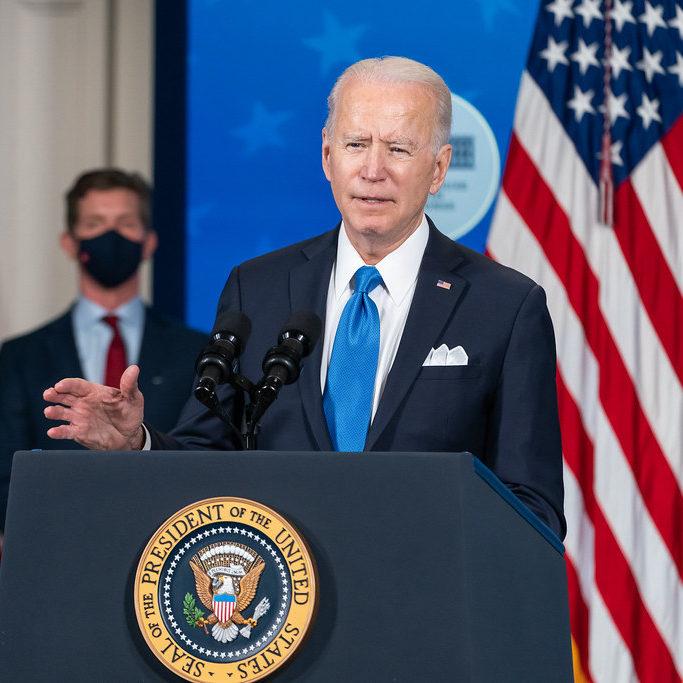 Biden anuncia medidas contra o uso de armas de fogo nos EUA