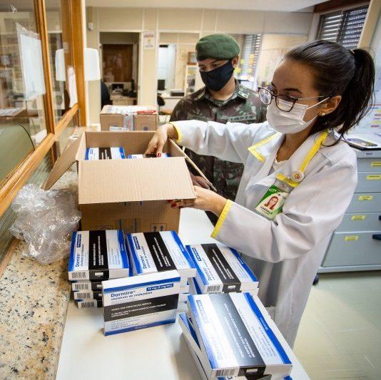 Medicamentos para kit intubação chegarão ao Brasil até maio