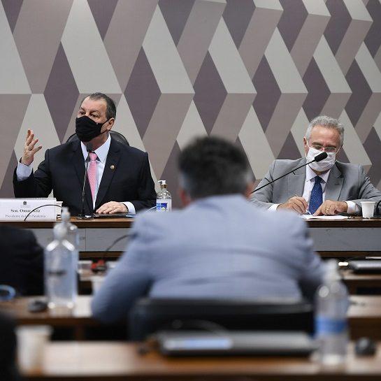 Omar Aziz confirma Renan como relator da CPI da Covid