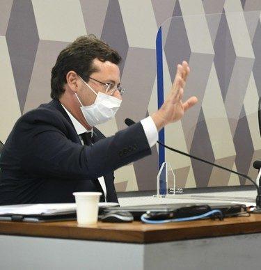 Wajngarten irrita CPI e confirma demora para responder a Pfizer